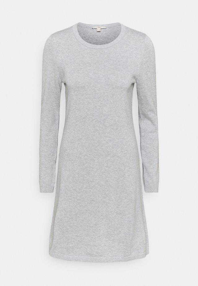 Pletené šaty - light grey