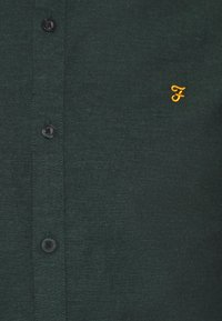Farah - STEEN  - Shirt - fern green - 6