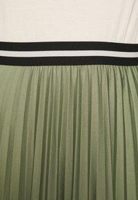 Esprit - PLEATED SKIRT - Pleated skirt - khaki - 5