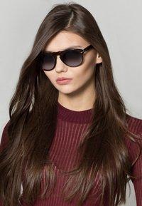 Persol - Okulary przeciwsłoneczne - dark brown - 1