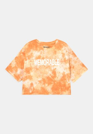 GIRLS MEMORABLE BOXY  - T-shirt z nadrukiem - honigmelone