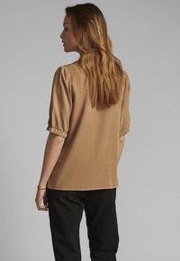 Nümph - Button-down blouse - tannin - 1