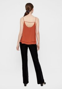 Pieces - PCBODIL SLIP - Top - ochre - 2