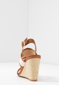 Clarks - IMAGE WEAVE - High heeled sandals - tan - 5