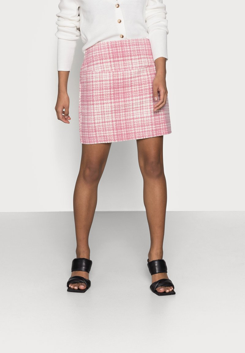 Missguided Petite - BRUSHED CHECK MINI SKIRT - Mini skirt - pink