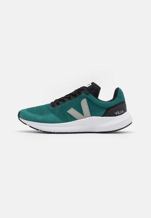 MARLIN - Chaussures de running neutres - brittany/oxford grey