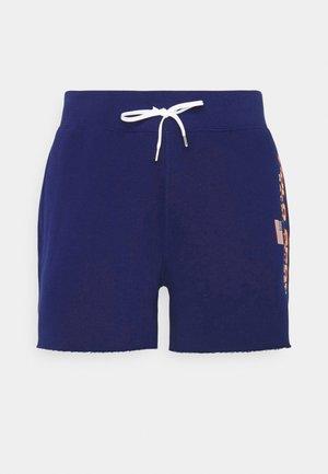 Shorts - fall royal