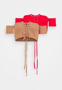 Missguided - BARDOT LACE UP CROP 2 PACK - Print T-shirt - camel/red - 4