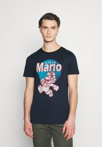 Jack & Jones - JCOSUPER MARIO  - Print T-shirt - navy blazer - 0