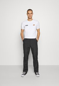 Sixth June - Pantaloni cargo - black - 1