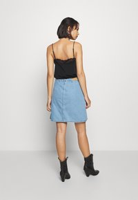 ONLY Petite - ONLFARRAH SKIRT 2 PACK - A-line skirt - light blue denim/black - 2