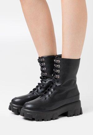 LACE UP SHAFT CHUNKY BOOTS - Platåstøvletter - black