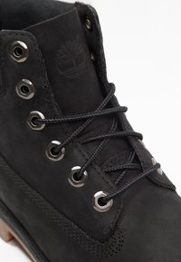 Timberland - ICONIC CLASSICS 6 INCH PREMIUM WP BOOT - Lace-up ankle boots - black - 5