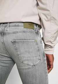 Pepe Jeans - FINSBURY - Jeans Skinny Fit - denim - 4