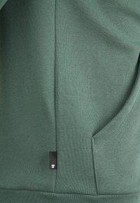 11 DEGREES - CORE FULL ZIP HOODIE - Felpa con zip - elm green - 2