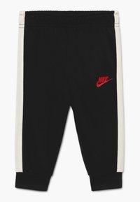 Nike Sportswear - AIR SET - Tracksuit - black/university red - 2