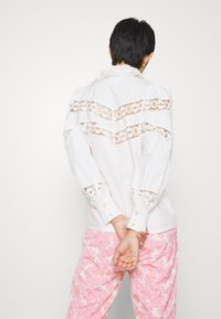 Cras - LOUISECRAS - Button-down blouse - white - 2