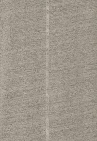Jack & Jones - JORDARKNESS TEE CREW NECK - T-shirt basic - crockery - 5