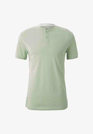 MIT STREHKRAGEN - T-shirt basic - smooth green