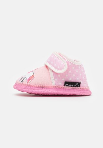 KLEINES EINHORN - Slippers - rosa
