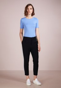 J.CREW - CREWNECK ELBOW SLEEVE - Basic T-shirt - shale blu - 1