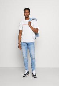 Pepe Jeans - HATCH - Slim fit jeans - light-blue denim - 1