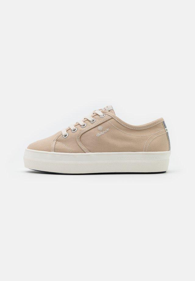LEISHA - Sneakersy niskie - putty cream beige