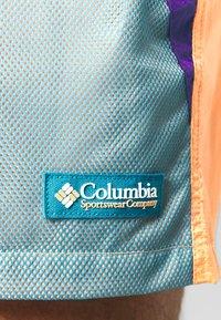Columbia - RIPTIDE™ SHORT - Pantalones montañeros cortos - brigt nectar - 7