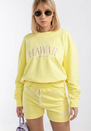 HAWAII - Szorty - Yellow
