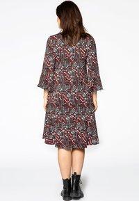 Yoek - Day dress - red - 2