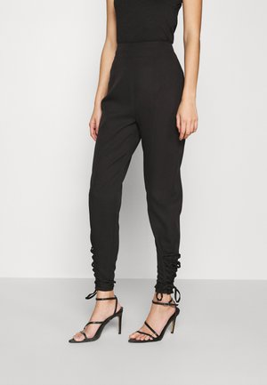 LACE UP ANKLE CIGARETTE TROUSER - Trousers - black