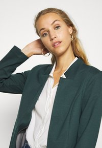 ONLY - ONLPENNY COATIGAN - Blazer - green gables - 3