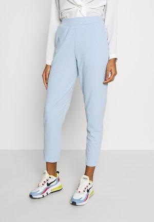 SUIT TROUSER - Pantalones - light blue