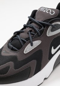 Nike Sportswear - AIR MAX 200 - Zapatillas - anthracite/metallic silver/black/white/wolf grey - 5