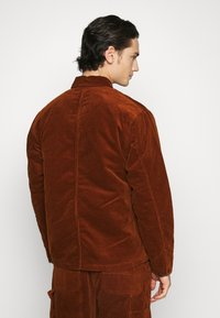 Carhartt WIP - MICHIGAN COAT - Light jacket - brandy - 2