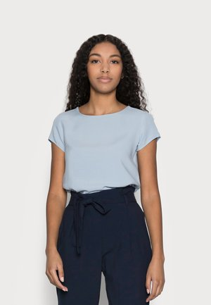 VMBOCA BLOUSE - Basic T-shirt - blue fog