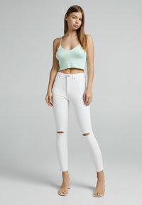 Bershka - Jeans Skinny Fit - white - 1