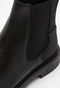 G-Star - VACUM CHELSEA - Classic ankle boots - black - 5