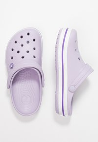 Crocs - CROCBAND  - Klapki - lavender/purple - 3
