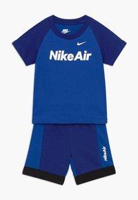 Nike Sportswear - AIR FRENCH BABY SET  - Broek - deep royal blue - 0