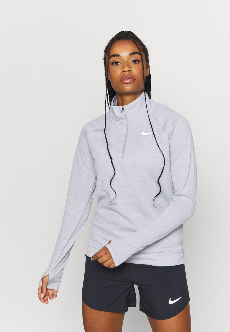 Nike Performance - PACER - Sports shirt - light smoke grey/reflective silver