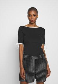 Lauren Ralph Lauren - T-shirt imprimé - black - 0
