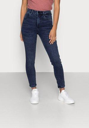 VMSOPHIA SOFT  - Skinny džíny - medium blue denim