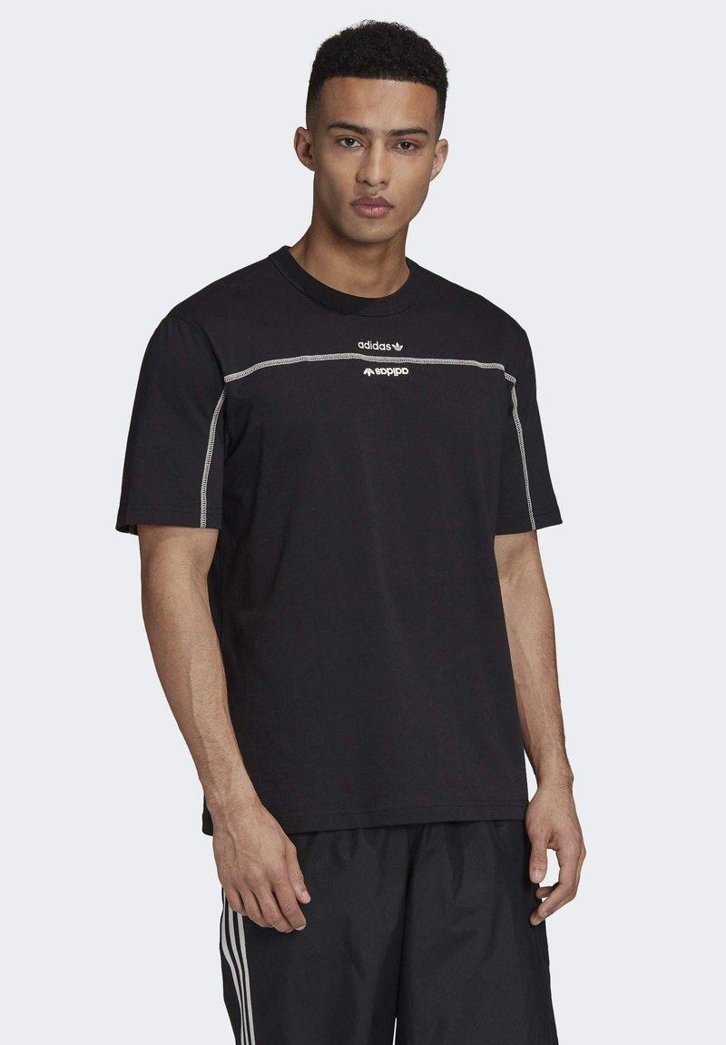 adidas Originals - R.Y.V. T-SHIRT - T-shirts med print - black