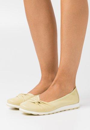 Ballet pumps - vanilla