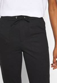 ONLY Tall - ONLEVITA IRENE LIFE STRING PANT - Trousers - black - 4