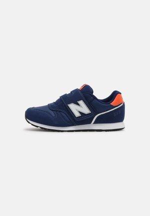 YZ373WN2 - Sneakers laag - natural indigo