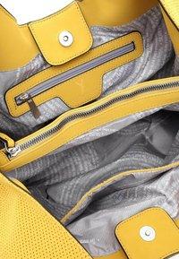 SURI FREY - MELLY - Käsilaukku - yellow - 5