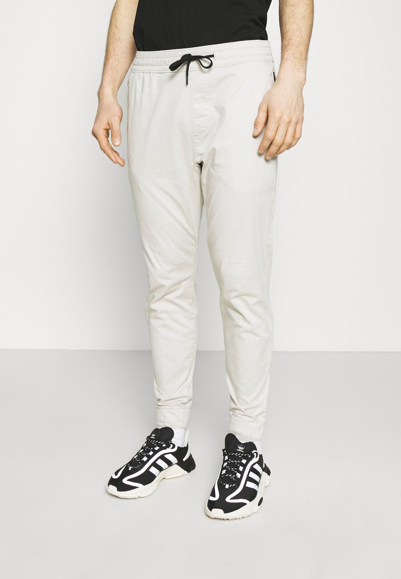 Hollister Co. - JOGGER CORE - Trousers - moonstruck grey