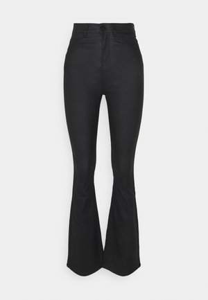 COOL COATED FLAIR - Flared Jeans - black